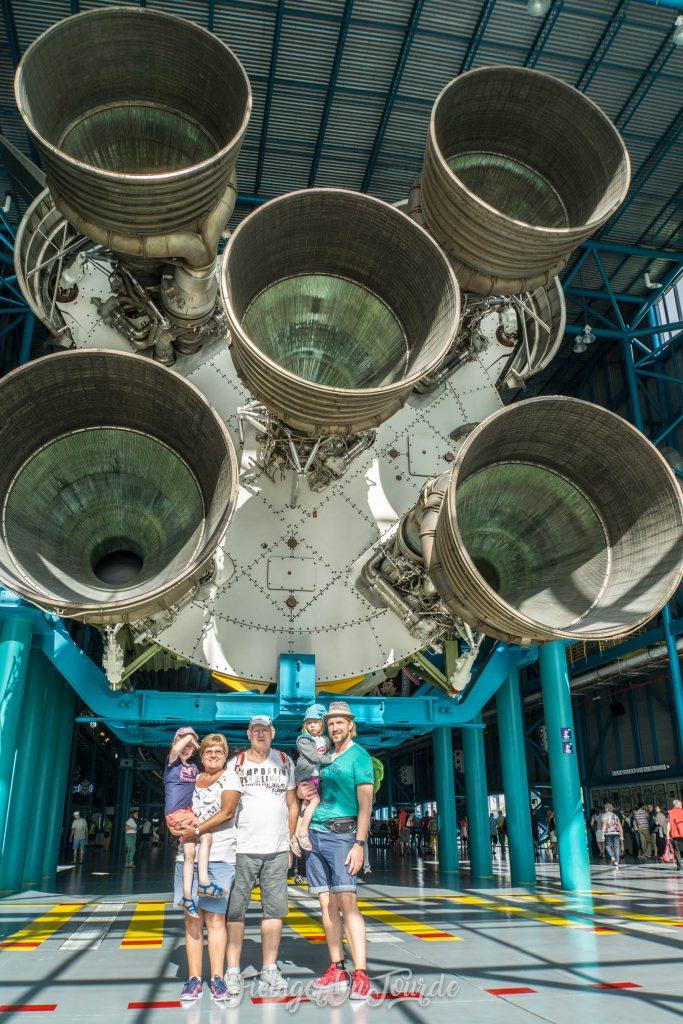 Triebwerksdüsen der Saturn V Rakete
